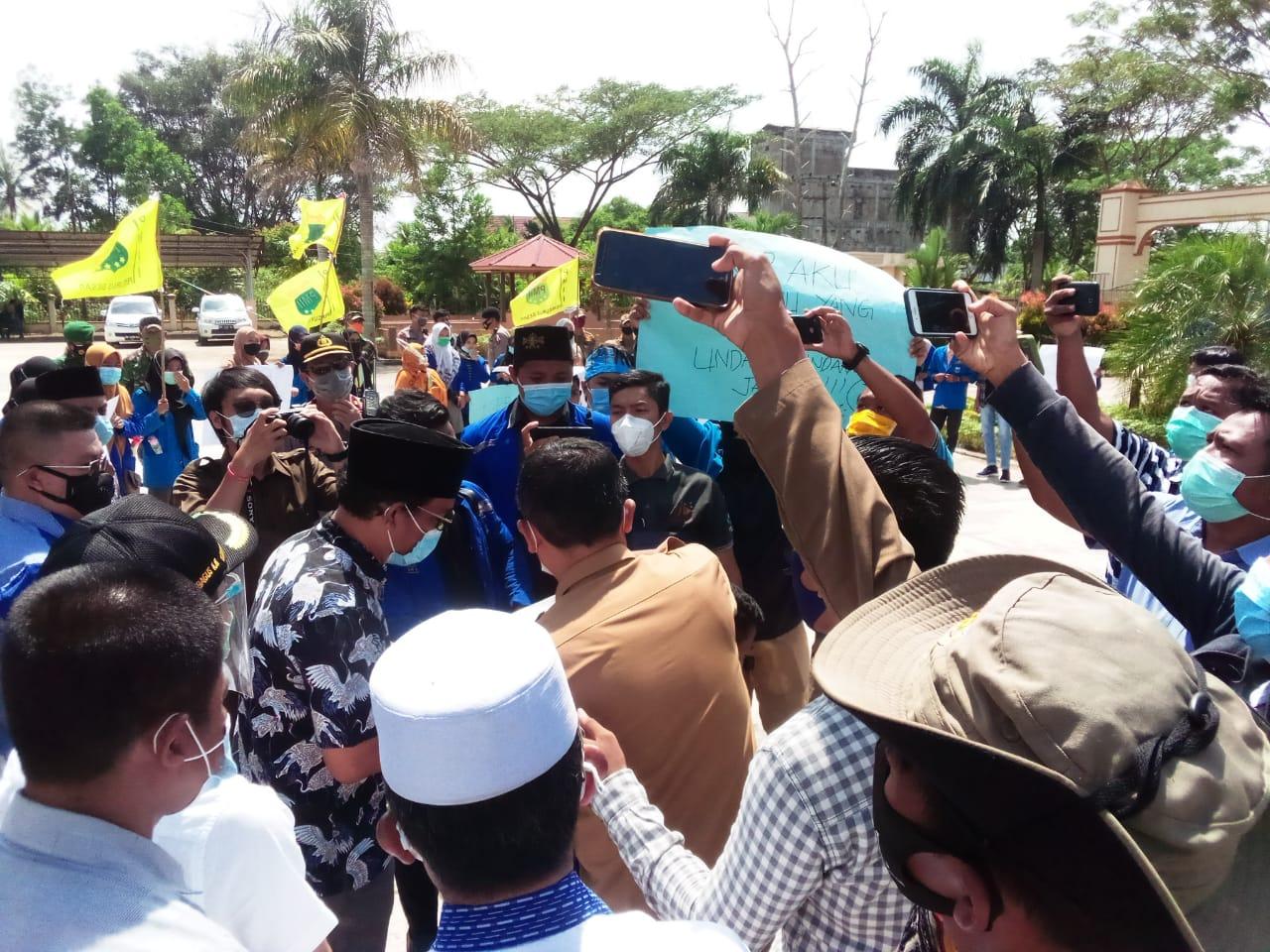 DPRD Tanjab Barat Setuju Tolak Omnibus Law UU Cipta Kerja