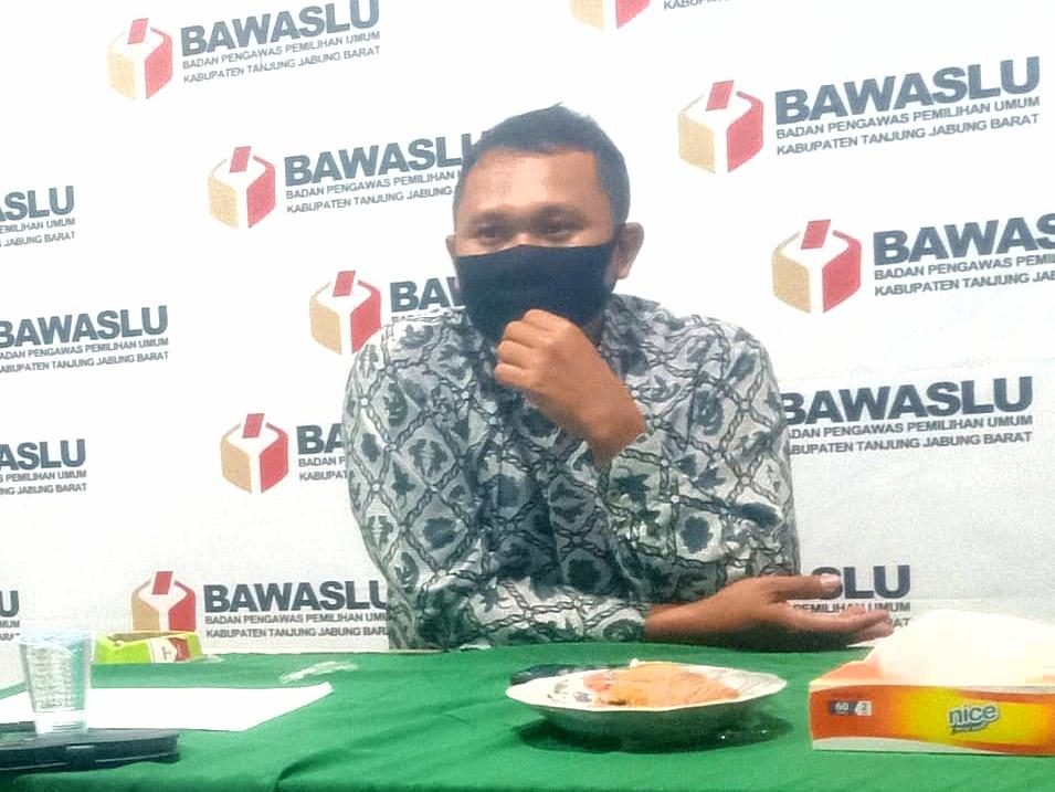 Bawaslu : Kasus Bagi-bagi Beras Dihentikan, Surat Perjanjian Politik Tetap Proses