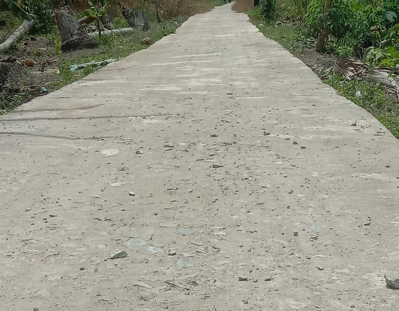 Proyek Jalan Rabat Beton Ini Dikerjakan Tidak Sesuai DPA