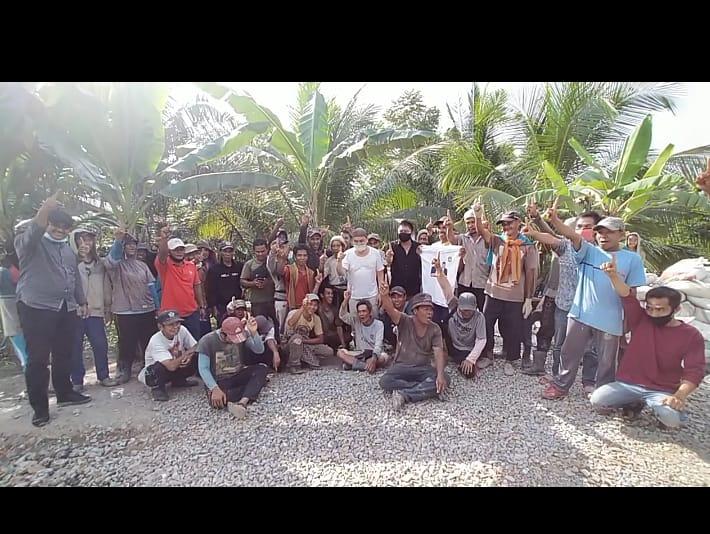 Mobil M Amin di Hadang Massa, Ternyata Sekelompok Buruh Ingin Nyatakan Dukungan