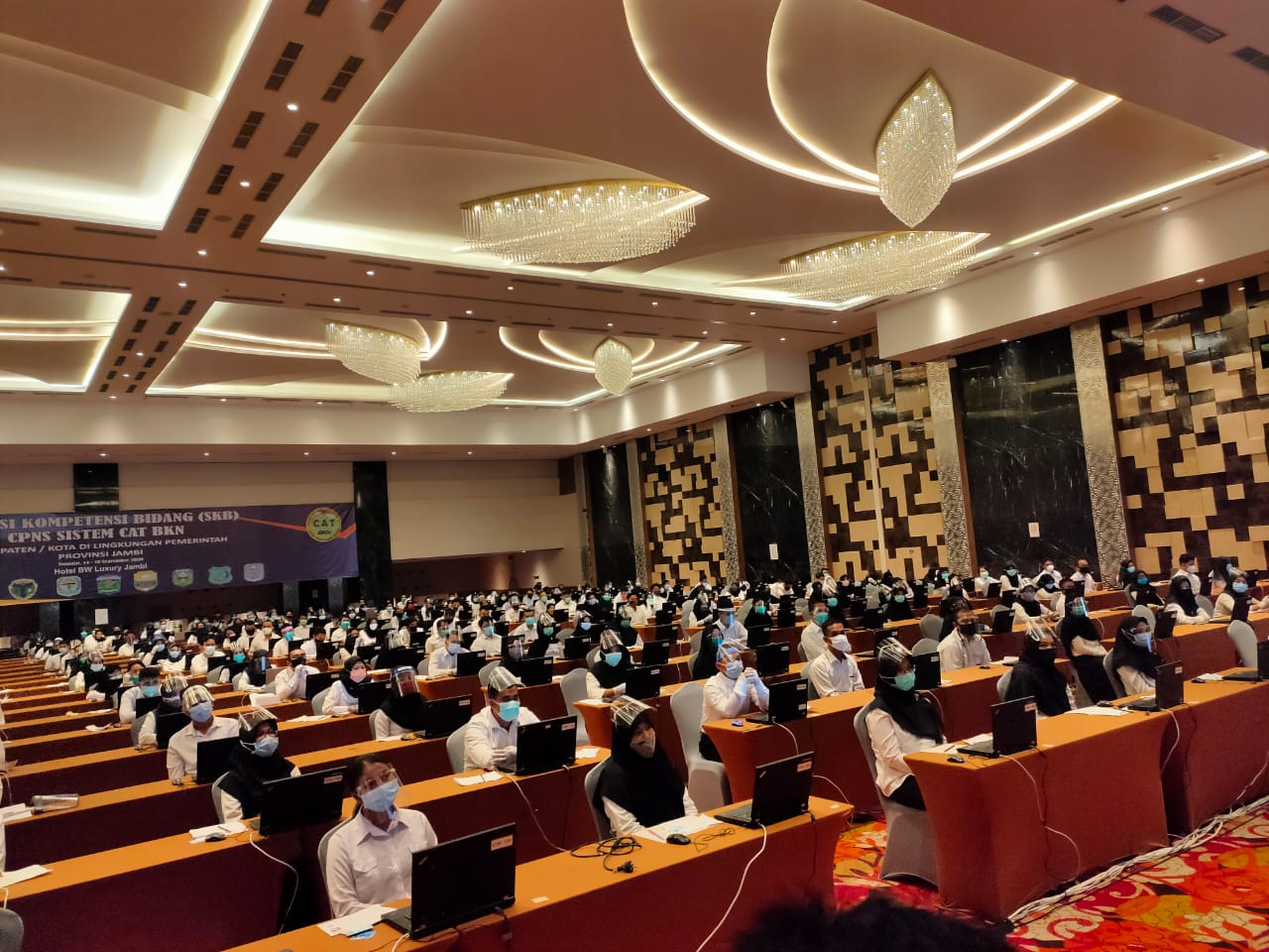 Ratusan Peserta Seleksi CPNS Tanjabbar Ikuti Tes SKB